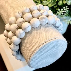 10mm Natural Matte Frosted Howlite Bead Bracelet 7